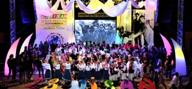"""""""21. Uluslararası 23 Nisan Çocuk Festivali"""" Düzenlenen Gala Gecesiyle Tamamlandı"""