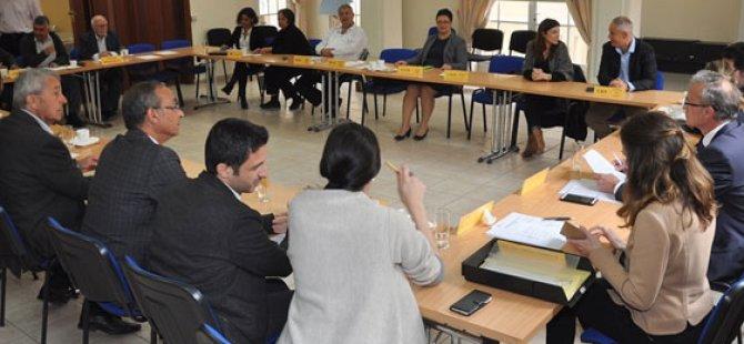 Bazı Kıbrıs Türk ve Kıbrıs Rum siyasi partilerinin rutin toplantısı yapıldı