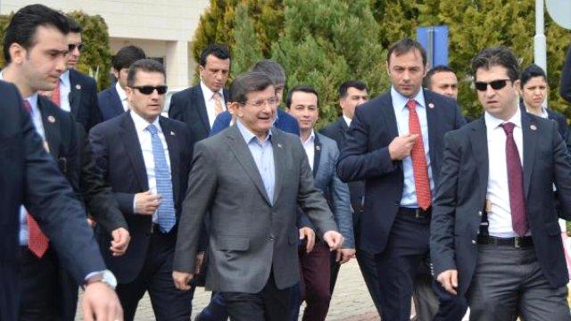 """""""Davutoğlu'nun manifestosu, ıslahat için referans bir metin"""""""