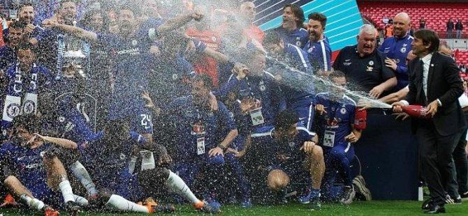 İngiltere FA Kupası finalinde şampanyalı kutlama kaldırılıyor, gerekçe dini hassasiyet