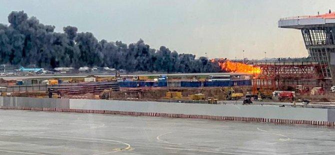 Moskova'da acil iniş yapan uçakta yangın: 41 ölü