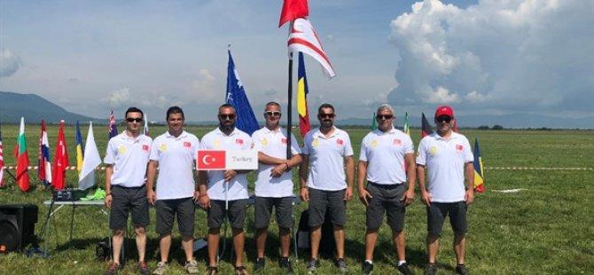 Planör sporcusu Erel Cankan'dan Ukrayna'da çifte başarı