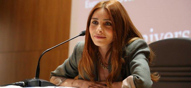 LAÜ'de Nur Fettahoğlu sevenleri ile buluştu