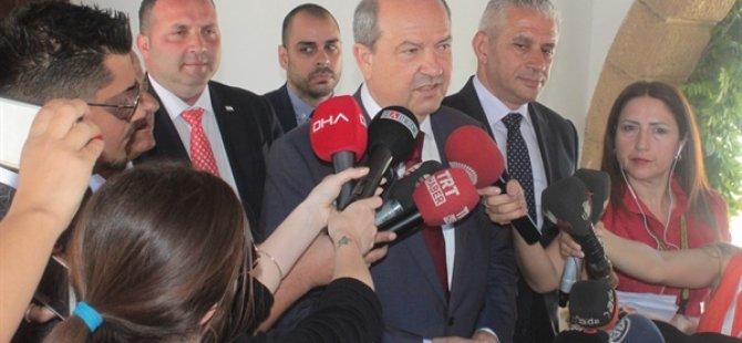 Tatar açıklama yapıyor... Hükümet protokolü metni hazır, Protokol yarın Meclis'te mavi salonda imzalanacak.