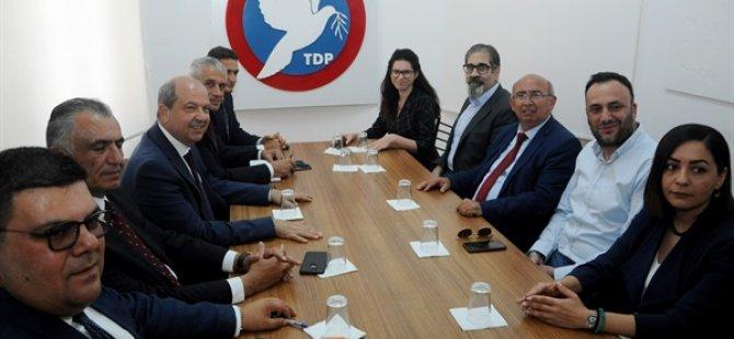 UBP Genel Başkanı Tatar, TDP Başkanı Özyiğit ile görüştü