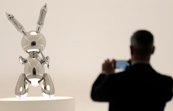 Jeff Koons'un 'Tavşan'ı: Hayattaki bir sanatçıya ait en yüksek fiyatla satılan eser