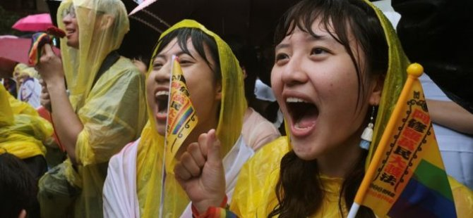 Asya'da eşcinsel evliliğe yeşil ışık yakan ilk ülke Tayvan oldu