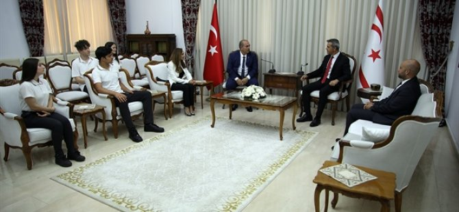 Cumhuriyet Meclisi Başkanı Uluçay gençleri kabul etti