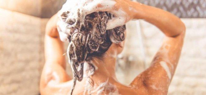 Yağlı saçlar için doğal ev yapımı şampuan tarifi!