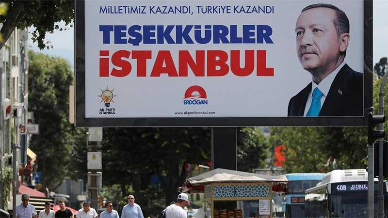 Fehmi Koru: İktidar, İstanbul seçimini yeniletme ısrarıyla siyaseten hayati bir yanlışa imza atmış görünüyor