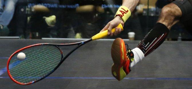 İspanya'da squash turnuvasını kazanan kadınlara vibratör ve ağda 'hediye' edildi