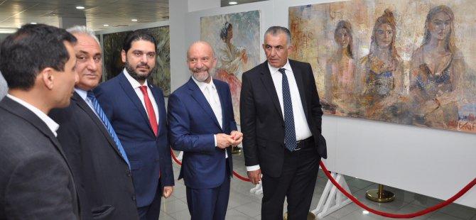 """""""Azerbaycan Sanatçıları Resim Sergisi"""" Milli Eğitim ve Kültür Bakanı Nazım Çavuşoğlu tarafindan açildi"""
