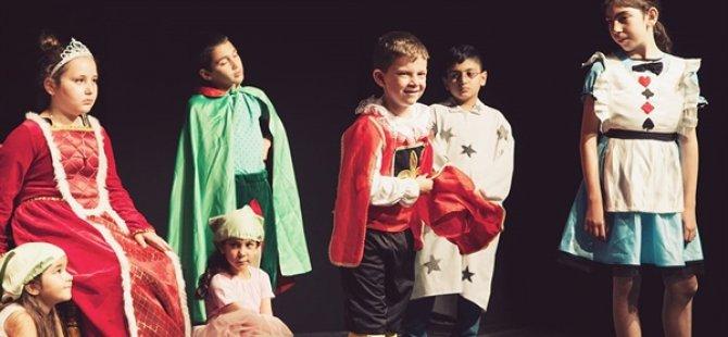 LBT Çocuk Ekibi, Dünya Çocuk Günü'nde sahnedeydi