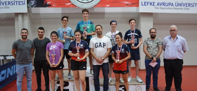 Masa Tenisi Genç En İyi 8'lerde Kezal ve Mehmet Şampiyon