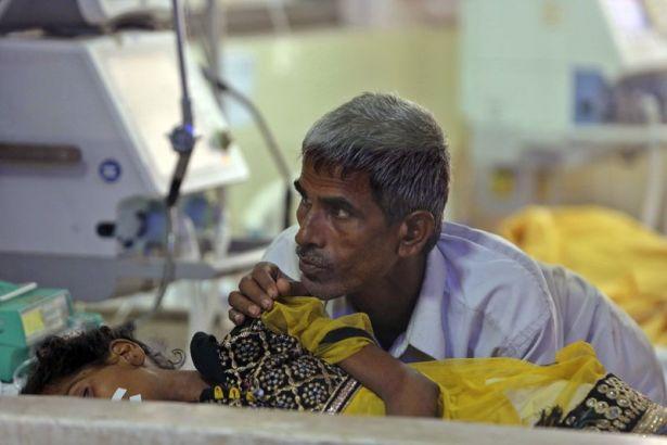 Hindistan'da 100'den fazla çocuk ensefalit sonucu yaşamını yitirdi