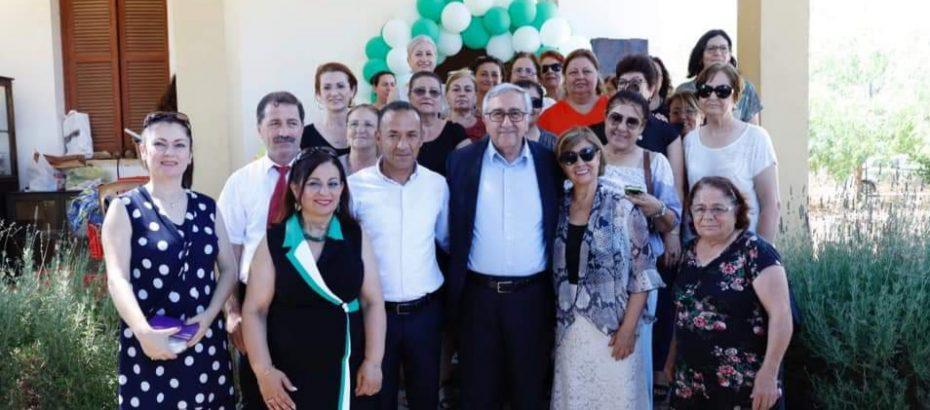 Akıncı, Hisarköy'ü ziyaret ederek köy halkıyla buluştu