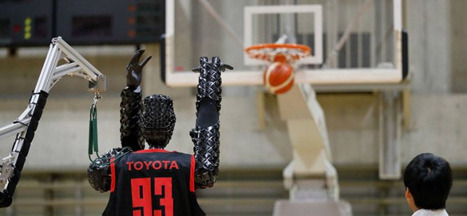 Toyota'nın Basketbol Robotu, Serbest Atışta Dünya Rekoru Kırdı (Video)