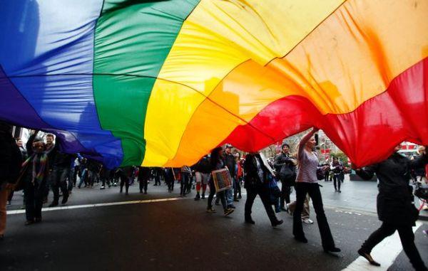 Uruguay'da ilk eşcinsel nikahı