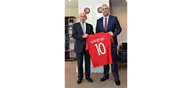 Kıbrıs Türk Futbol Federasyonu'ndan Türkiye Futbol Federasyonu'na ziyaret