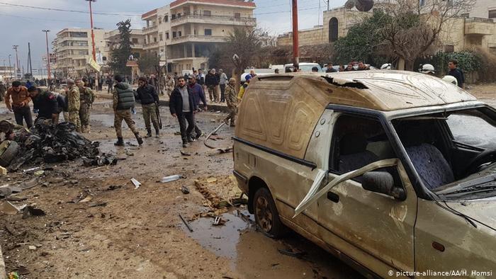 Afrin'de bomba yüklü araç patladı: 8 ölü