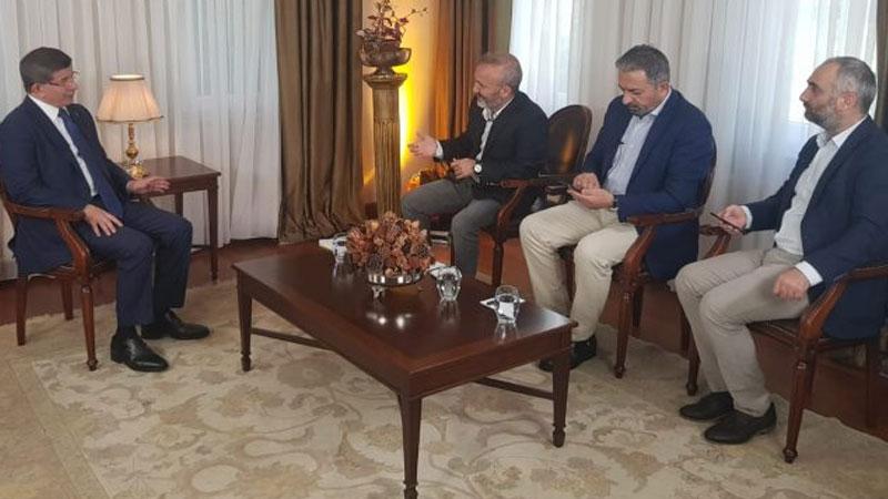 Davutoğlu konuştu, Sputnik susturdu; Yavuz Oğhan, İsmail Saymaz ve Akif Beki'nin programlarına son verildi