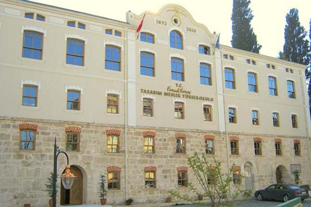 Medipol Üniversitesi doymuyor: İstanbul ve Bursa'da tarihi binalar tahsis edildi