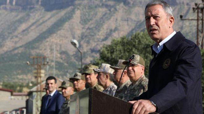 Milli Savunma Bakanı Akar: Amerikalılara 30-40 kilometrelik bir derinlik gerektiğini söyledik