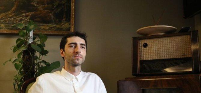 Rus piyanist Grinko: Rusya'da şarkı bitince, Türkiye'de ise başladığında alkışlıyorlar
