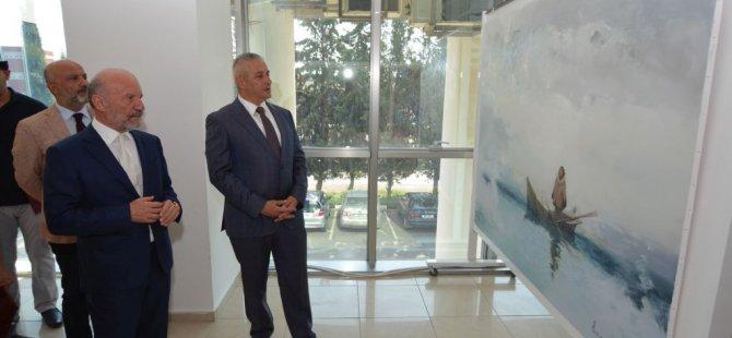 Kırgızistan Sanatçıları Sergisi  Hasan Taçoy tarafından açıldı