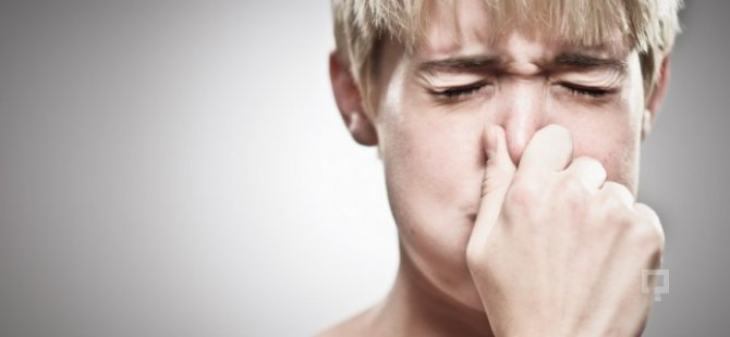 Hıçkırık neden olur? Hıçkırık nasıl geçer? Hıçkırığa ne iyi gelir? İşte 7 yöntem
