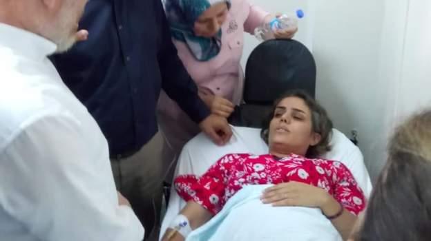 HDP Milletvekili Feleknas Uca: Batman Milletvekili Ayşe Acar Başaran kafasına aldığı cop darbesiyle bayıldı, hastaneye kaldırıldı