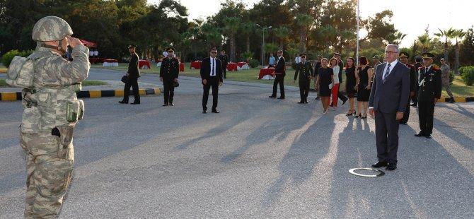 Cumhurbaşkanı Akıncı, 4. Piyade Alay Komutanlığı Sancak ve Görev Devir-Teslim törenine katıldı