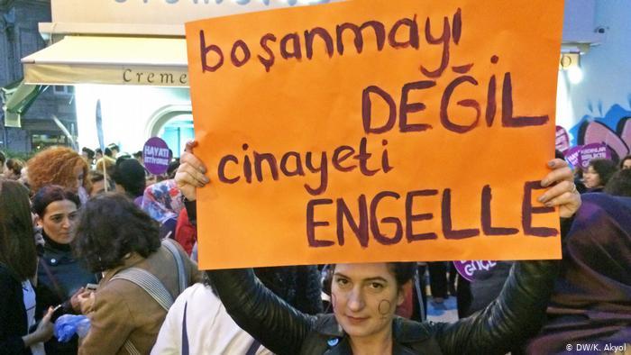 Kadın cinayetleri Türkiye'yi sarstı