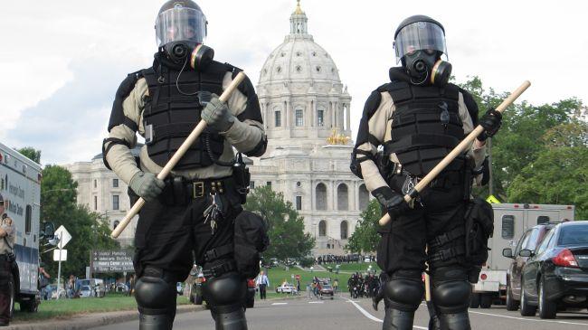 New York'ta polislerin üzerine kamera takılacak