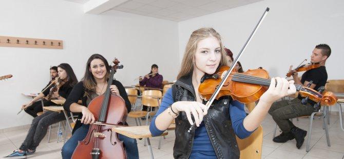 YDÜ Müzik Öğretmenliği Anabilim Dalı; Lisans, Yüksek Lisans ve Doktora programlarına 2019-2020 öğretim yılı için öğrenci alınacak