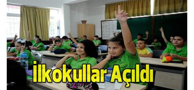 İlkokullar açıldı…Ortaokul ve liseler yarın ders başı yapacak