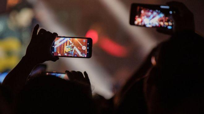 Hollanda'da tükenmekte olan hammaddelere yönelik ihtiyaç atık cep telefonlarından giderilecek