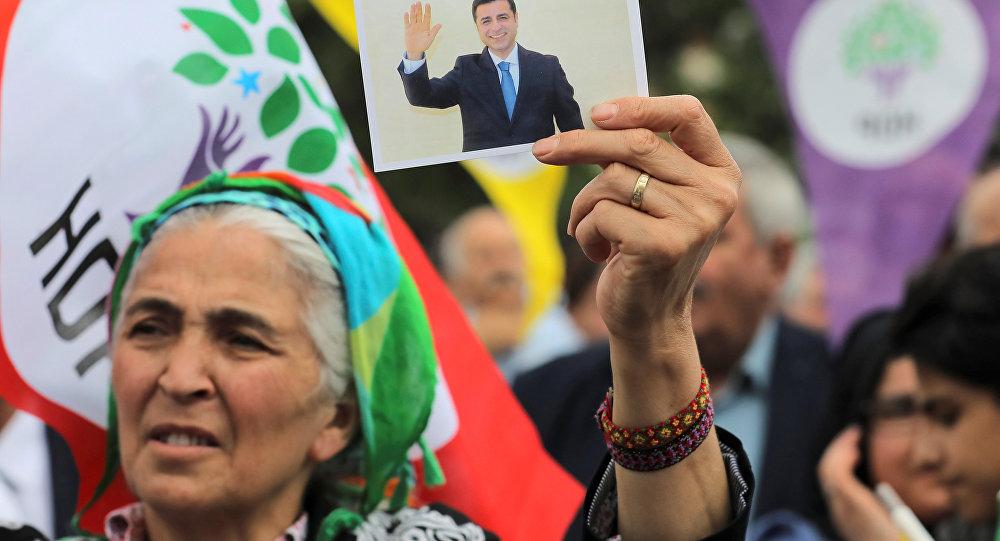 Demirtaş'ın tutuklandığı duruşmadaki savunması: Ben hapishanede korkarak boyun eğecek biri değilim, Allah'tan başka kimseden korkum yok