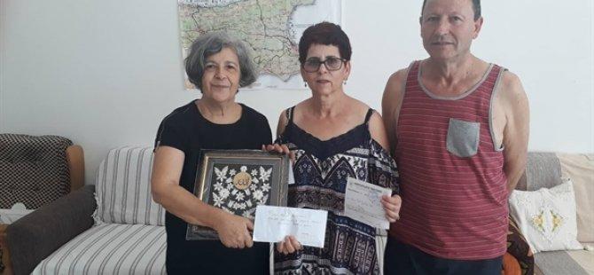 Avustralya'da Kıbrıs Türk İslam Derneği ve Avustralya Türk Radyosu, Kanser Hastalarına Yardım Derneği'ne bağışta bulundu