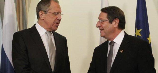 Lavrov'dan önemli Kıbrıs açıklaması