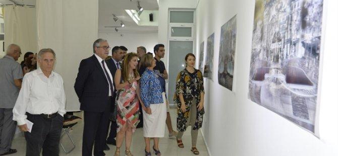"""Aslı Bolayır ve Alev Adil'in """"FMR"""" adını verdikleri ortak sanat sergisi açıldı"""