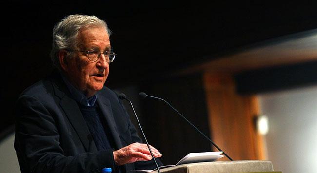 Noam Chomsky'den 'Mısır' yorumu