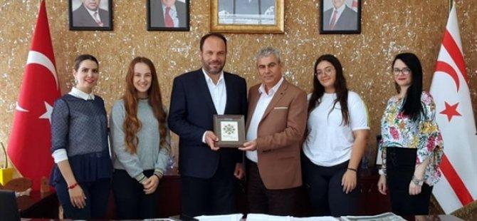 Bekirpaşa Lisesi Onur Kurulu, Başkan Sadıkoğlu'nu ziyaret etti