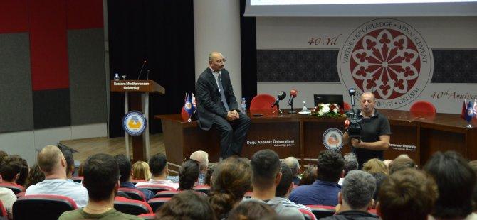 Yıldız Holding Yönetim Kurulu Başkan Yardımcısı Ali Ülker DAÜ'de konferans verdi
