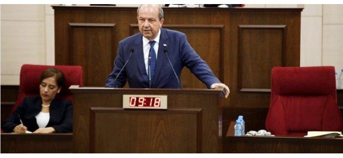 """Başbakan Tatar Akıncı ile yaşadığı  """"Ayar polemiği"""" konusunu yeniden Meclis'te gündeme getirdi"""
