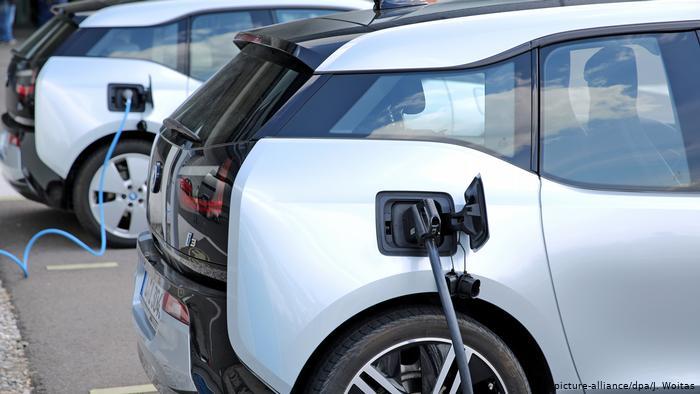 Almanya'dan elektrikli araçları yaygınlaştırma adımı