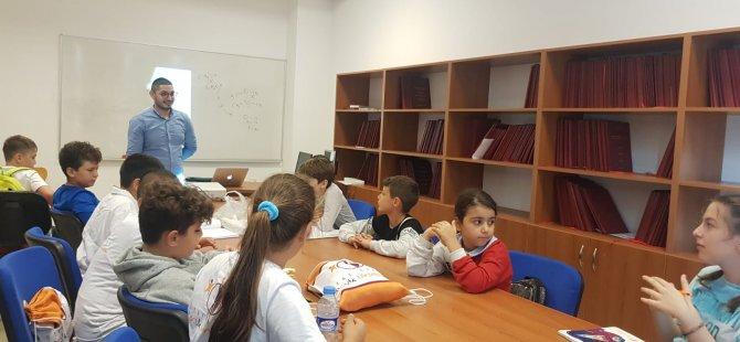 Özay Günsel Çocuk Üniversitesi Öğrencileri Yaratıcılık ve Kişisel Özelliklerin Gelişimine Yönelik Atölye Çalışması Yaptılar…
