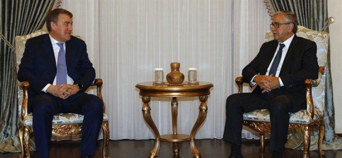 Cumhurbaşkanı Akıncı, Türkiye Vodafone heyetini kabul etti
