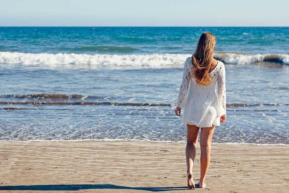 Kıbrıs'ta kadınlar erkeklerden daha uzun yaşıyor