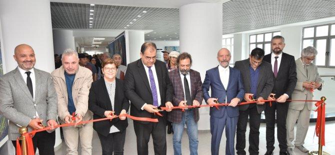 Sucuoğlu Kıbrıs Modern Sanat Müzesi'nde yer alan iki serginin açılışını yaptı